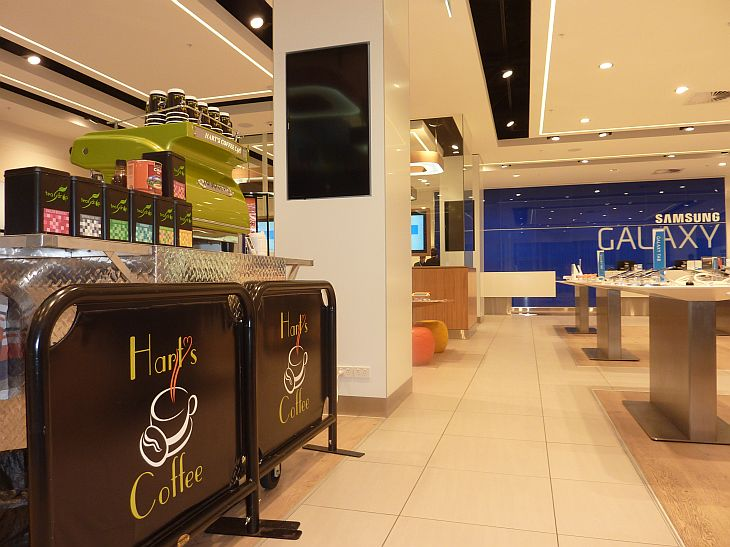 coffee cart samsung store highpoint
