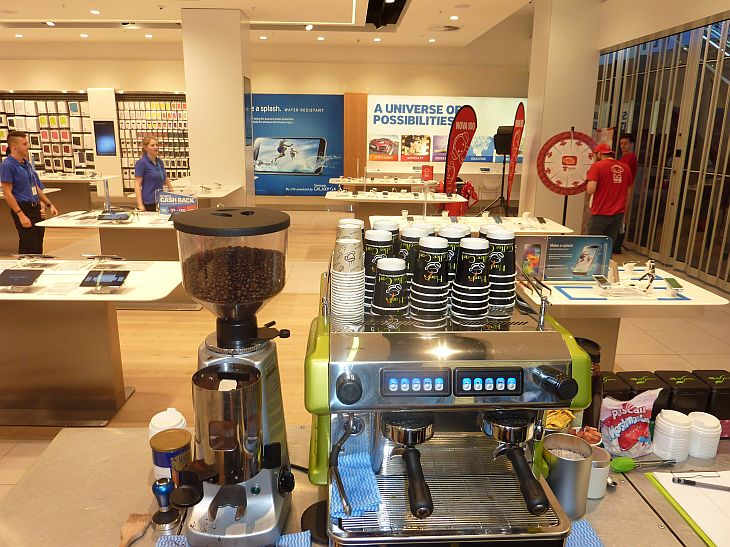 samsung store highpoint mobile coffee cart